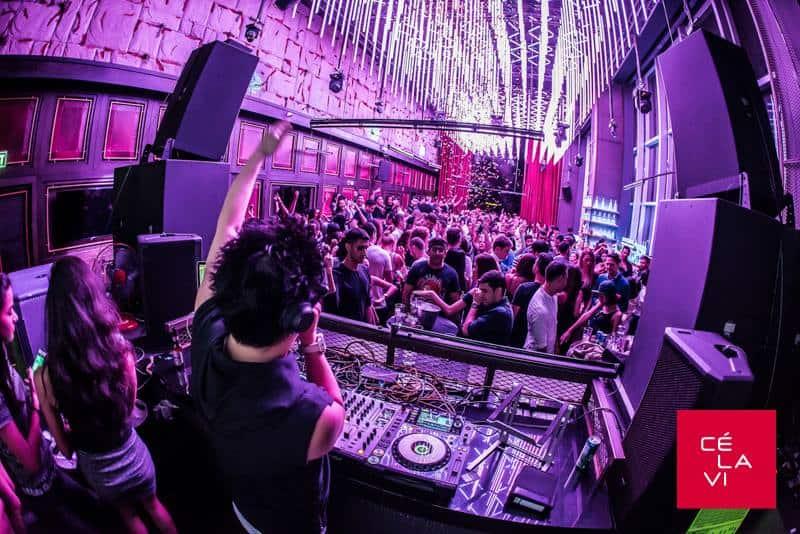 Nachtleben in Silom - Ce La Vi Club